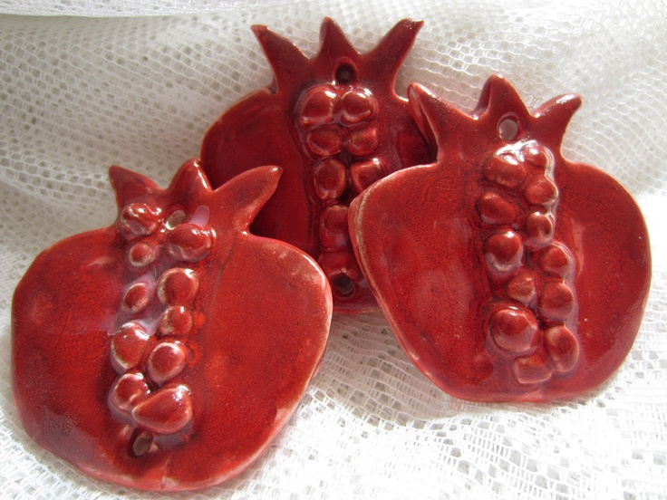 Three Red Pomegranates by JerusalemTile on Etsy