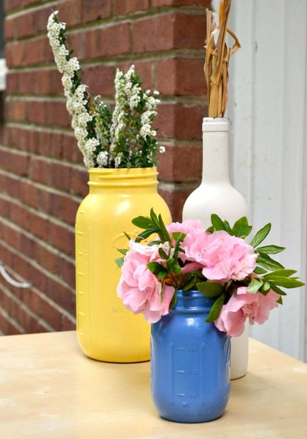 DIY: painted mason jars and bottles (you can also stain them clear with color! I need to find that one... :) )