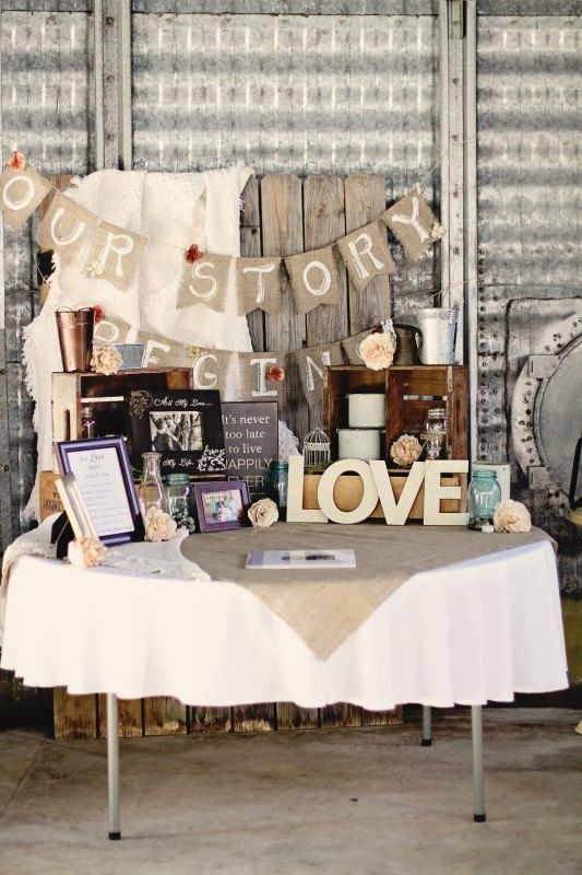 rustic barn wedding table decor with burlap