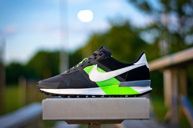 Nike Air Pegasus 83:30 Flash Lime 11