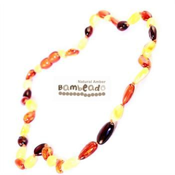 This premium amber necklace comes in with smooth bean shaped amber beads in a mixed pattern of colours. Amber beads are finished in a polish compared to the standard bud range. The amber necklace is approx 50 cm in length. Bambeado amber is genuine baltic amber.     The Bambeado comes together with a plastic screw clasp. While Bambeado amber comes in several colours, the colour is just a matter of personal choice.