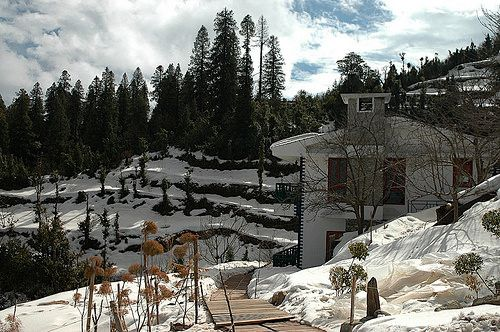 https://flic.kr/p/AmxrQp | Kanatal Resorts -Best Resorts & Hotels At hillstation packages | Kanatal is a small beautiful town near Mussorie where The Terraces, a boutique resort is located. Surrounded by deodar, pine, rhododendrons, apple trees alongside terrace farms on the scenic hillsides of Kanatal, The Terraces is bound to awe everyone with its exquisite beauty. Call-8130581111 www.kanatalresorts.in/kanatal-resorts-spa.html