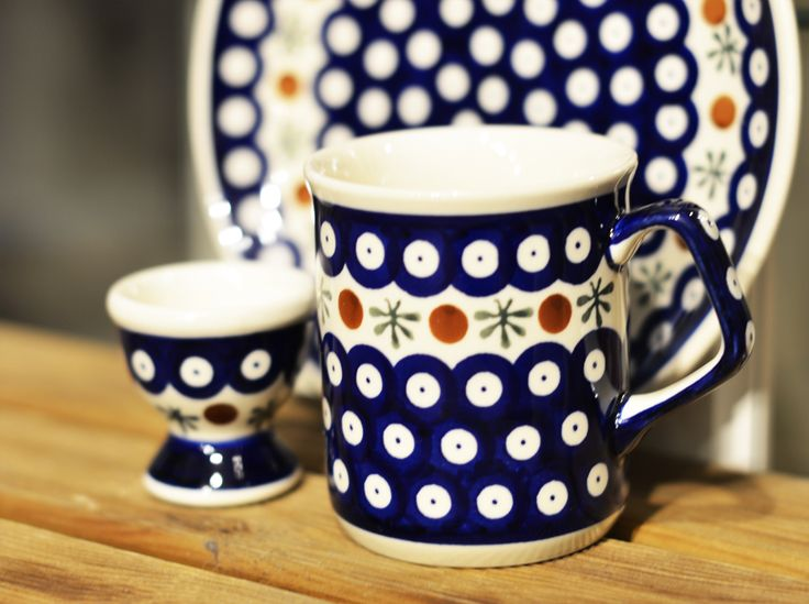 Traditional decoration number 41. Ceramic mug. Perfect to take delight in favourite tea or coffee.  Single egg cup. Needful to serve soft-boiled eggs. Classic breakfast plate. Perfect for small meals, snacks and sweets.