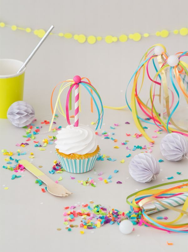 DIY Maypole Cupcake Toppers | Oh Happy Day! | Bloglovin'