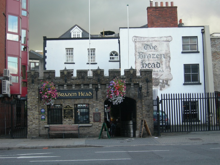 Brazenhead Pub, Dublin. Oldest pub in Ireland 1198-Great restaurant and Irish music! 2008
