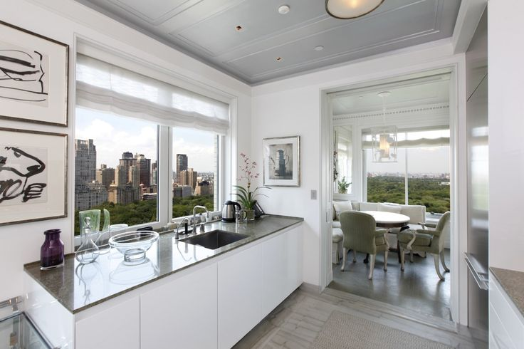 Invite friends for dinner and enjoy the panoramic view #CentralPark #Dream #NewYork #NYC #architecture #Luxuryapartment