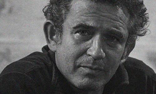 John Le Carré, Norman Mailer A lista é infindável e sempre cheia de faltas clamorosas. Por exemplo: todos os romances de John Le Carré deviam aparecer para provar que o fim da Guerra Fria e a queda do Muro de Berlim não destruíram um dos pilares da 10 livros sobre espionagem - civi...