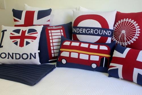 I like the Union Jack, the Underground one, & the one of the London eye.