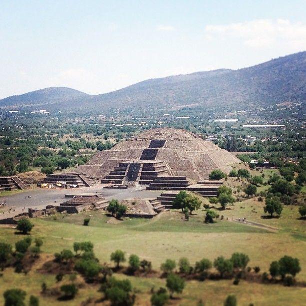 #pyramids at Teotihuacan #Mexico