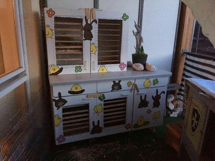 4-stöckiger Hasenstall aus alter küche