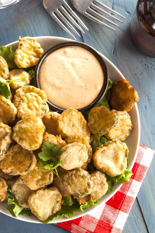 50 More Best Copycat Recipes From Top Restaurants - Copycat Texas Roadhouse Fried Pickles - Awesome Recipe Knockoffs and Recipe Ideas from Chipotle Restaurant, Starbucks, Olive Garden, Cinabbon, Cracker Barrel, Taco Bell, Cheesecake Factory, KFC, Mc Donalds, Red Lobster, Panda Express http://diyjoy.com/best-copycat-restaurant-recipes