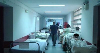 Ανασφάλιστοι Ροδόπης: O διοικητής του νοσοκομείου αποφασίζει ποιος ζει κ...
