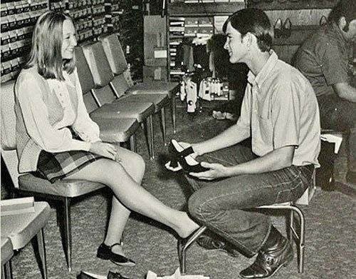 REAL Shoe Service in the 50's - Oh yeah! Someone got the size and style you wanted and HELPED you try them on! Sigh...not any longer!