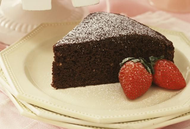 This is a chocolate mayonnaise cake, made with cocoa and mayonnaise, which replaces eggs and fat. A chocolate mayonnaise cake recipe and other chocolate cake recipes.