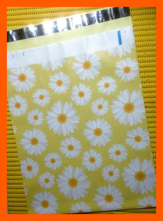 Spring Daisies Self Adhesive Designer 10 x 13 Inch Envelope Mailers Poly Bags Set of 10