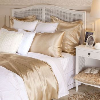 best 25 white and gold bedding ideas on pinterest gold teen bedroom decorating teen bedrooms and gold striped walls