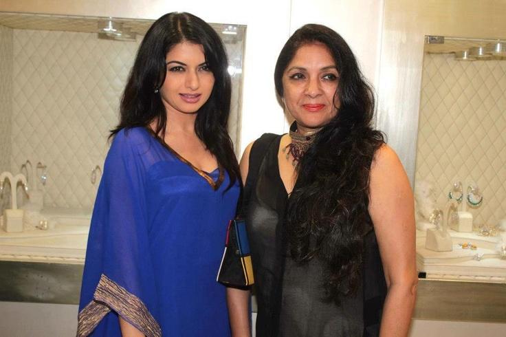 Neena Gupta and Bhagyashree at the Launch of Loop Collection