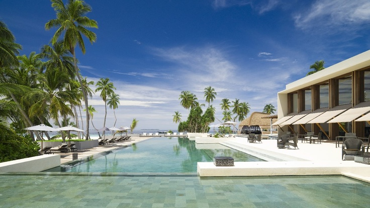 The infinity pool offers picture-perfect tranquility at Park Hyatt Maldives Hadahaa.
