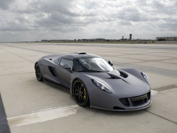 Hennessey Venom GT overtakes Bugatti Veyron Super Sport as the world's fastest production car