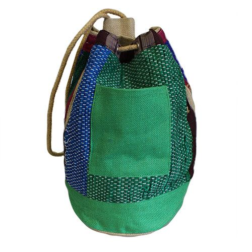 Tough and robust but such cool and colourful wholesale Rugrat Duffle Bags.  Thick cotton rope secured with metal eyelets - this is built to last.   These Duffle bags are ideal those days when you are not carrying too much and yet, inexplicably, need a huge bag.   Great as a school or sport bags, perfect for the beach great for kids and those funky fashion victims .   Size: D: 22 cm (bottom part) 35 cm (top part); H: 45 cm