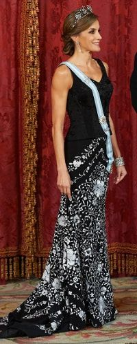HM Queen Letizia of Spain at the State Dinner for the President of Israel  at the Royal Palace in Madrid - Nov 2017
