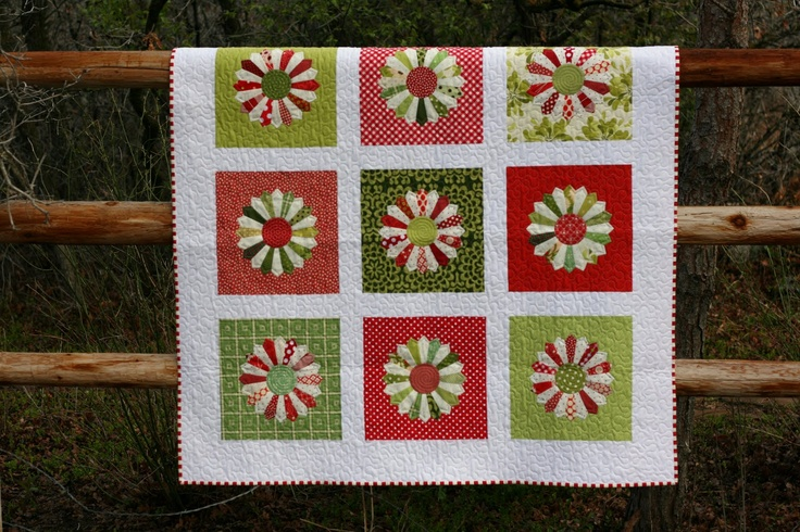 Christmas dresden.....the quilts just keep getting better and better!
