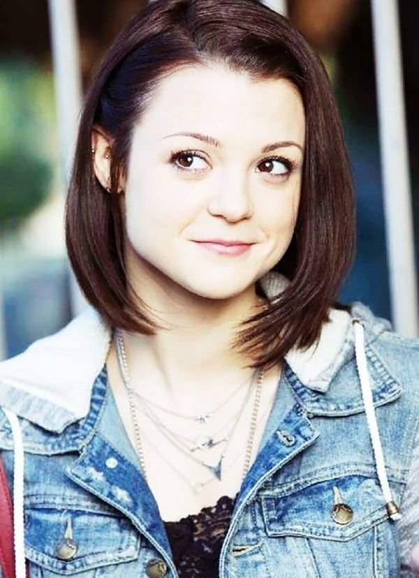 'Finding Carter': Meet Kathryn Prescott, Teen TV's New It-Girl