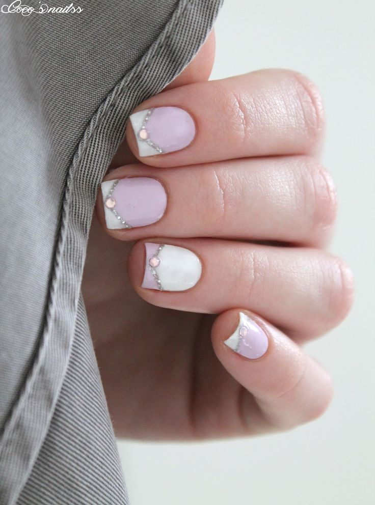 Pink, white and silver with rhinestones                                                                                                                                                                                 Plus