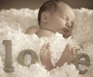 """cute baby photo idea - use baby feet as """"v"""" to spell out love."""