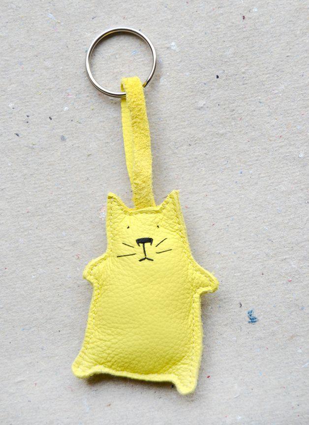 Schlüsselanhänger - Schlüsselanhänger Katze zitrone - ein Designerstück von ADAMS-BRAUT bei DaWanda