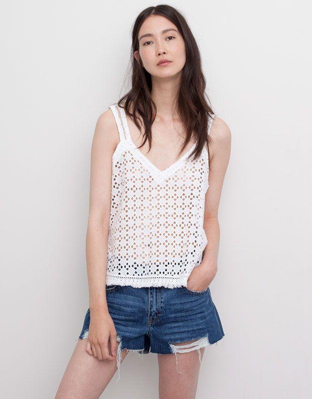 Pull&Bear camiseta delantero bordado suizo - blanco - $299
