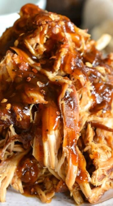 Slow Cooker Garlic & Brown Sugar Chicken   Yummy...I almost always use chicken thighs in the slow cooker when I make chicken dishes in there