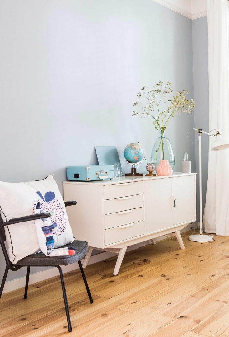 Wit dressoir | white closet | vtwonen 02-2017 | Fotografie Henny van Belkom