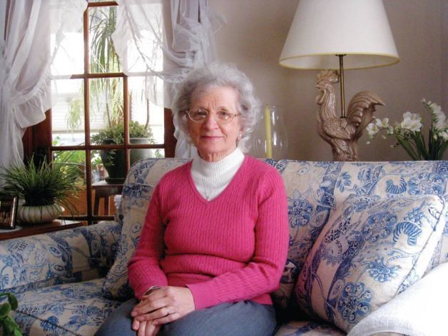 Back in 1975, Doris Sokosh was on her death bed. She had been diagnosed with breast cancer in 1971, and now the cancer was spread throughout her body. Under heavy medications and unable to do anything on her own, her husband began feeding her the juice of carrots apples and celery. Within one month she began to feel better and a year later she was pronounced cancer free.
