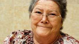 † Colleen McCullough (June 1, 1937 - January 29, 2015) Australian writer, known from her novel 'The Thornbirds'.