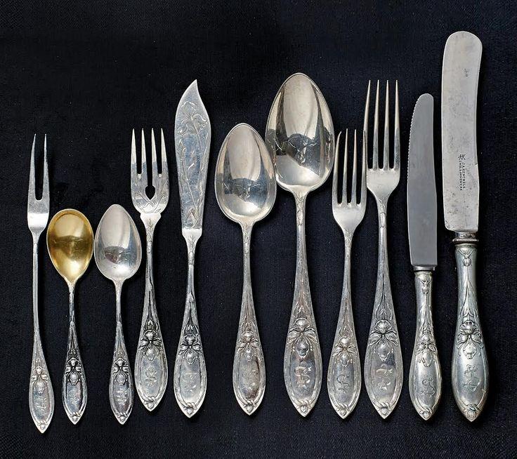 An Art Nouveau Silver Cutlery Set in 120 pcs. Koch & Bergfeld around 1900, Bremen. Start price: 1,900 Euro.