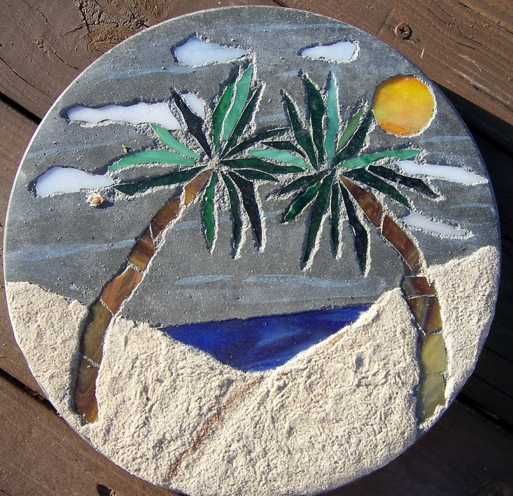 Mosaic Garden Stones: 109 Best Stained Glass Stepping Stones Images On Pinterest