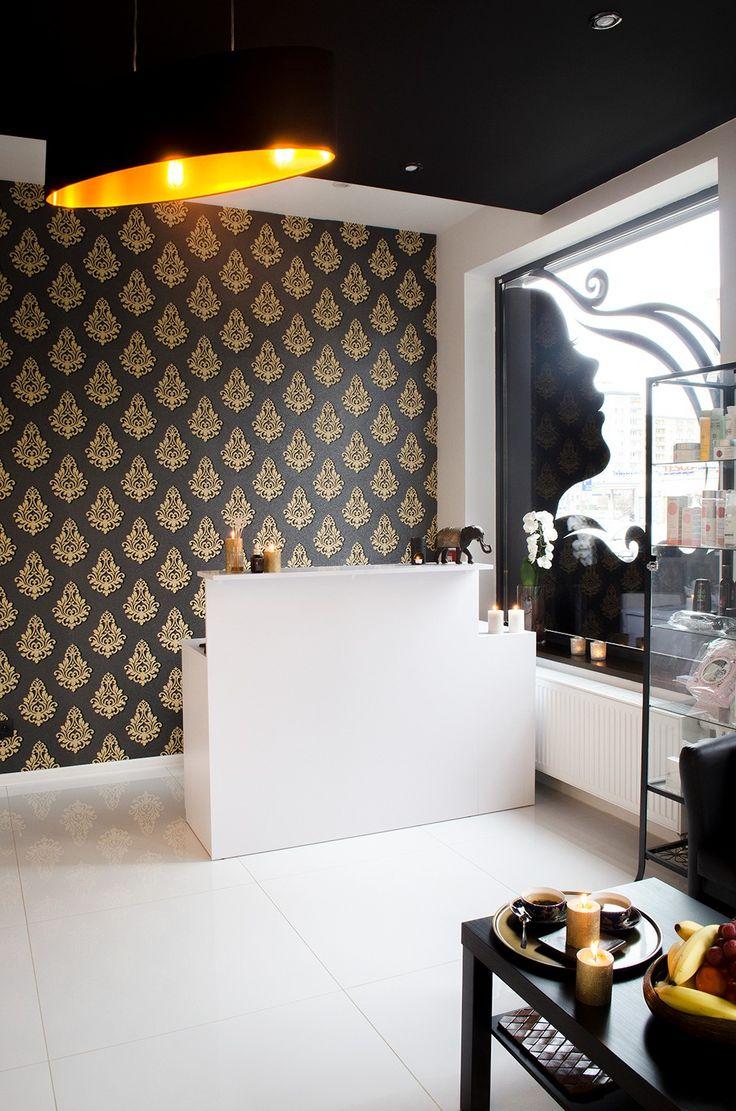 Otwarta kuchnia w bieli hola design homesquare - Spacious Elegant And Above All Untypical Interior Thai Style Interiors Where Gold White And Black Would Dominate Wn Trza Przestronne Eleganckie I