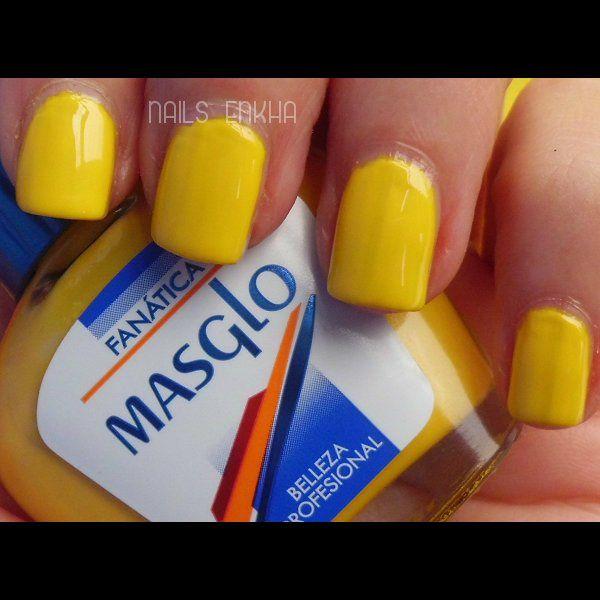 #masglo Fánatica #yellow #nails #notd #manicure #nailart #polish #nailspolish #nailartadict #cutepolish #cool #fashion #nailideas #manicura #esmalte #uñas #unhas #blog #blogguer #blogasturias #bloggerasturias #beauty #beautyblog