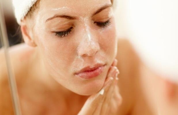 Get Rid Of Facial Hair Using a Scrub | Beebee