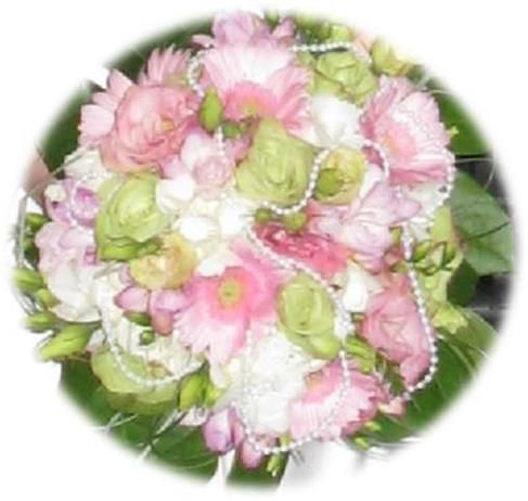 jewelry in bouquet for personal touch
