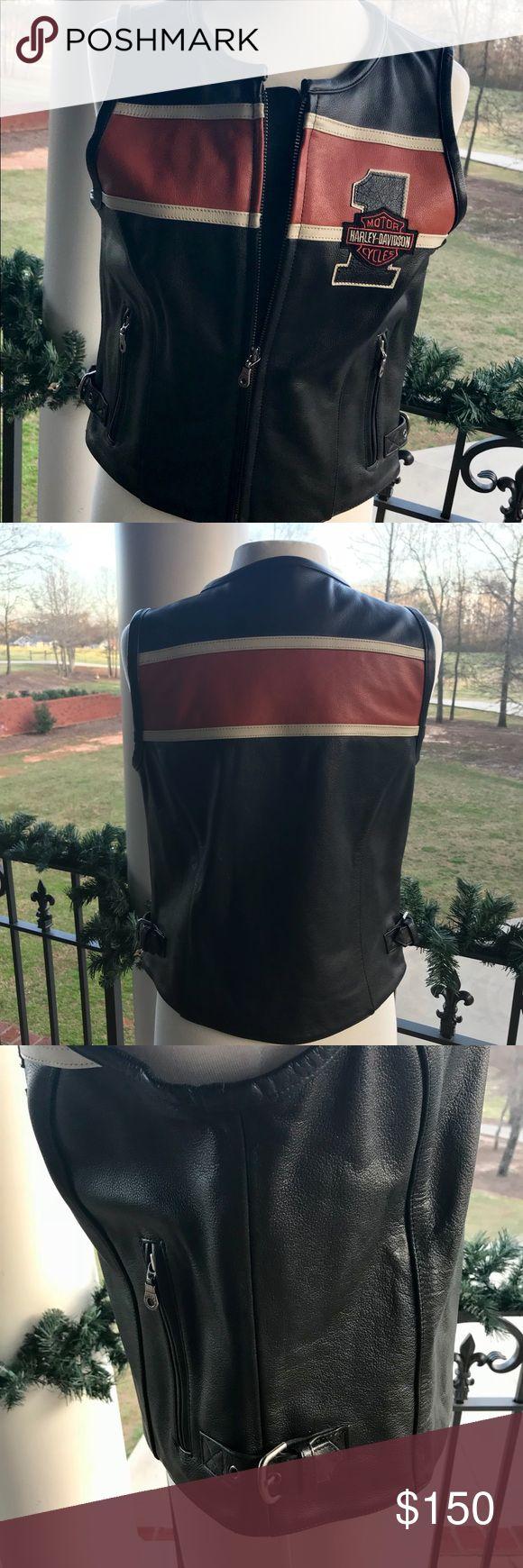 Leather Harley Davidson Vest NWOT Ladies Harley Davidson Vest... adjustable buckles on the sides... sits at the waist... zip front.. size W/M (women's medium) Harley-Davidson Jackets & Coats Vests