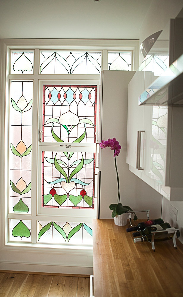 17 best images about stained glass kitchen ideas on for Stained glass kitchen windows
