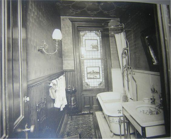 1095 best historic bathrooms images on pinterest for Victorian era bathroom designs