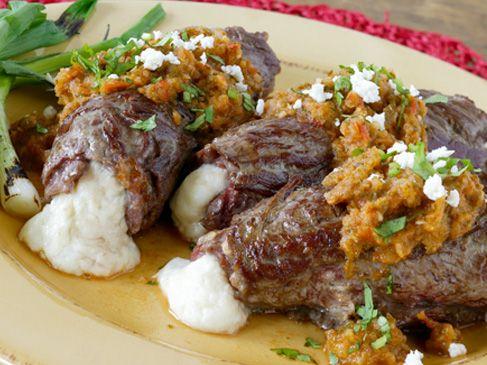 Queso Fresco Beef Rolls with Chipotle Salsa | Cacique USA  http://caciqueinc.com/recipes/queso-fresco-beef-rolls-with-chipotle-salsa