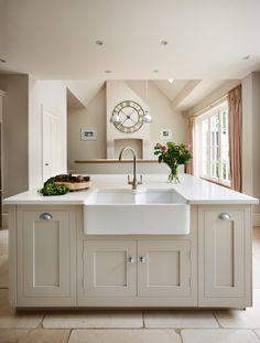 PAINT COLOR - Harvey Jones Shaker kitchen painted in Little Greene Paint Co. 'Slaked Lime'