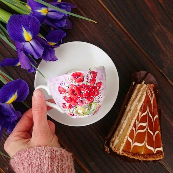 Кружка с ручной росписью 😍Маки 😍 #цветы #маки #натюрморт #посуда