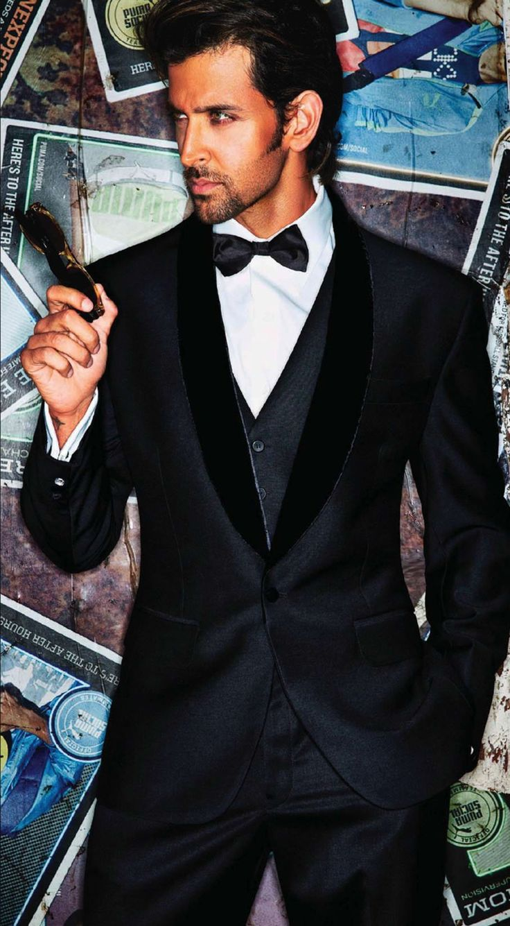 Hrithik Roshan - Elegant ... Can't get any better than this #suitandtie .. The perfect Christian Grey if u ask me ☺