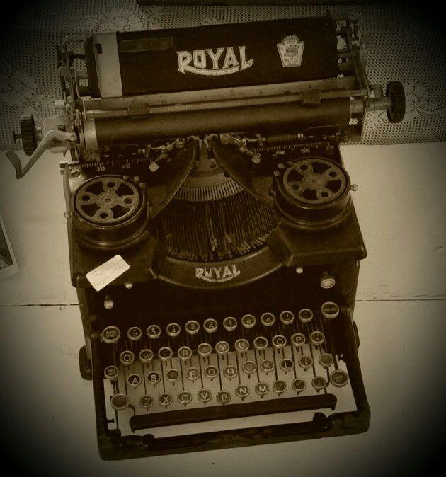 Antieke typemachine....