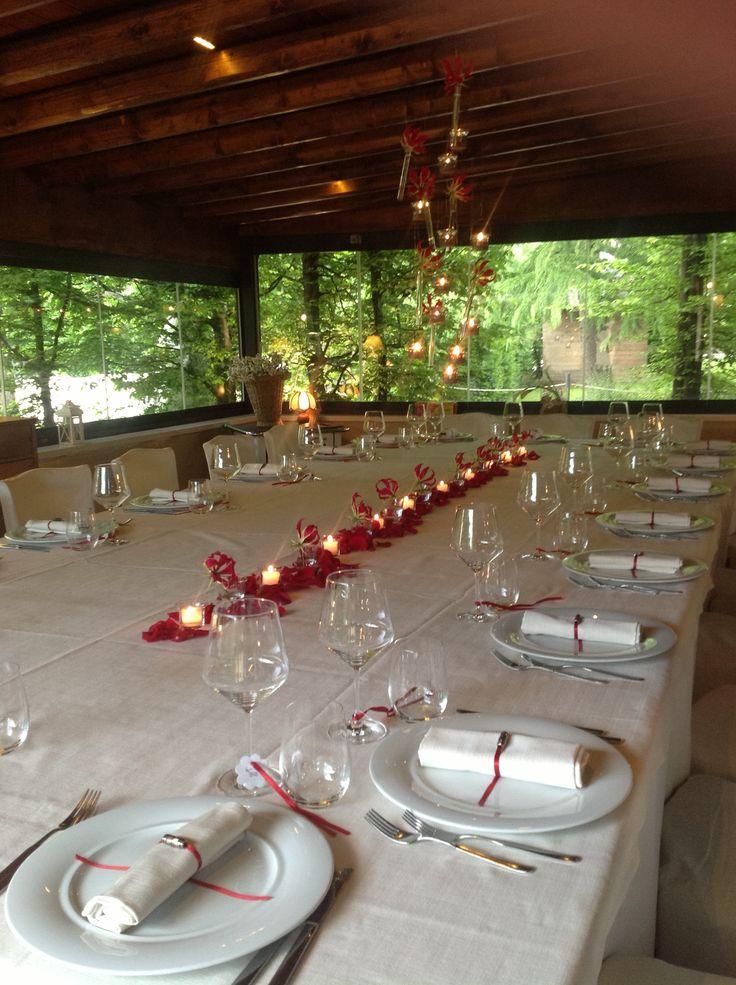 #allestimenti per un #matrimonio d'estate con vista sul parco del #Cadelach  http://www.cadelach.it/i-ristoranti/la-baracheta.php #ristoranti #revinelago #treviso #wedding #matrimoni #eventi